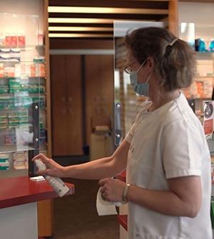 Coronapandemie: Patientinnen und Patienten schätzen Beratung und Sicherheit in der Apotheke